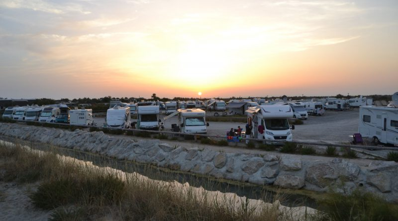 Vind maar eens een geschikte, beschikbare camperplaats in deze tijd..