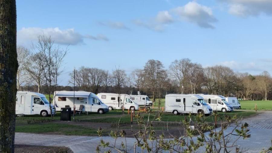 Nieuwe camperplaats aan de voet van de Holterberg